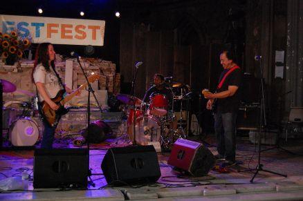 1280px-Dryer-20120908-Restoration-Festival-Albany-NY